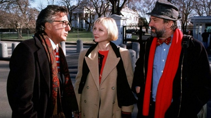 Десятка классных фильмов и сериалов о грязной политике