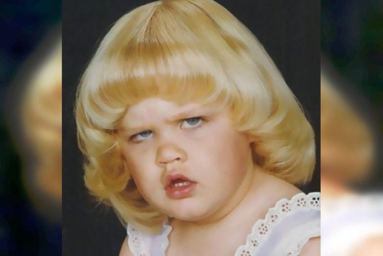35 неловких, но очень смешных фото из детских альбомов