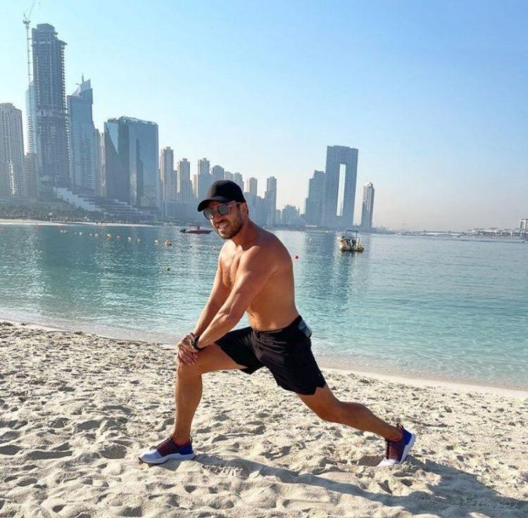 zvozdy v bikini Revva Alexander in Dubai