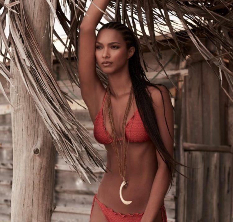 zvozdy v bikini Lais Ribeiro