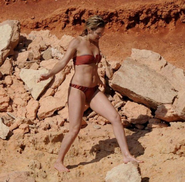 zvozdy v bikini Kate Hudson