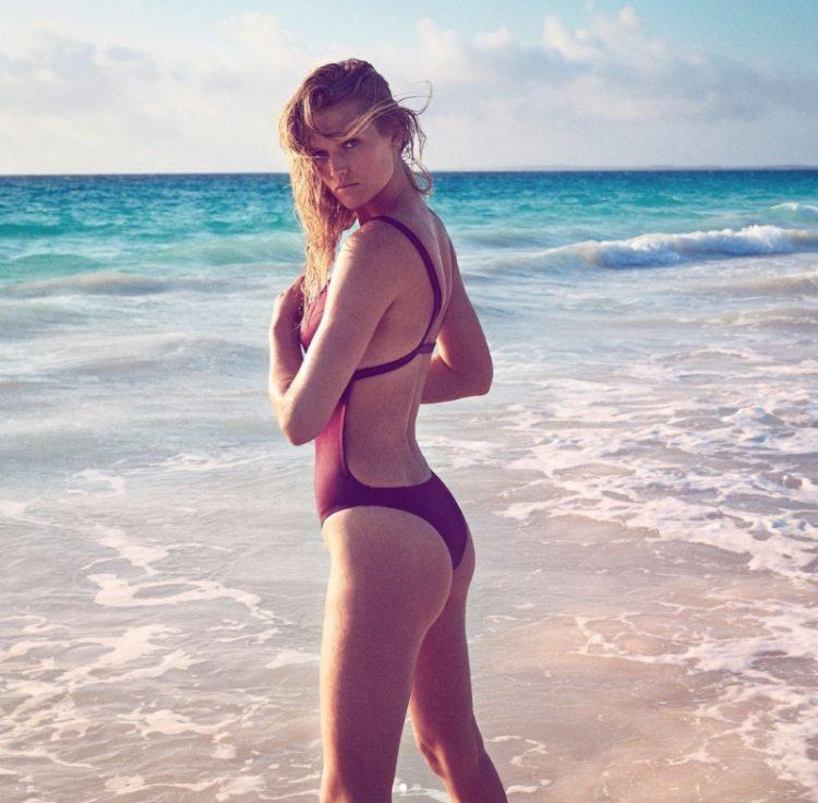 zvozdy v bikini Toni Garrn