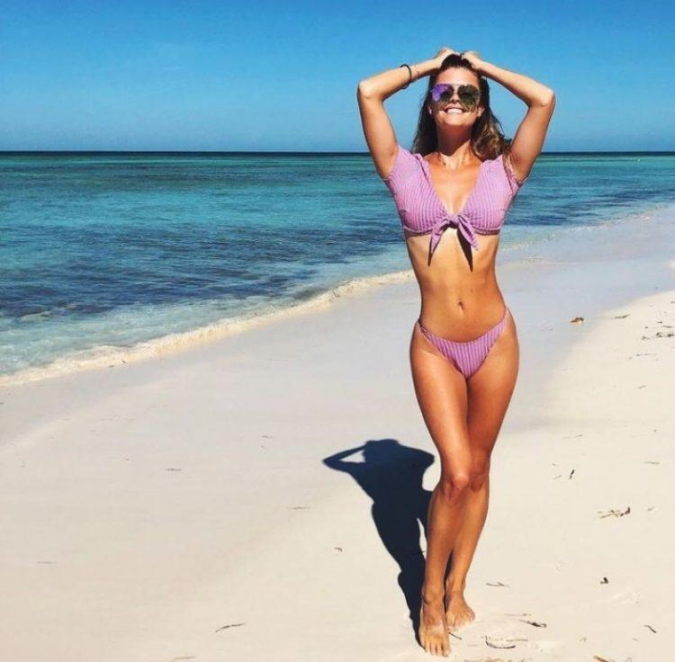 zvozdy v bikini Nina Agdal