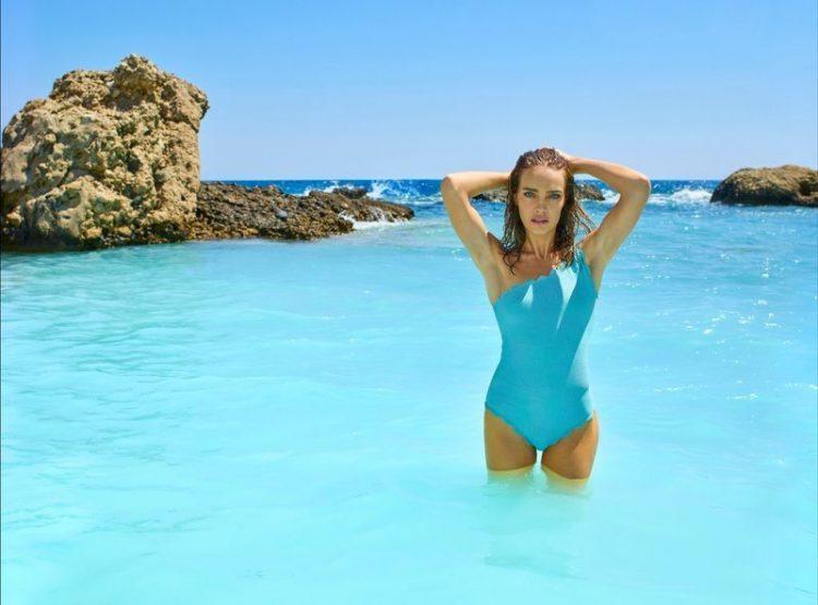 zvozdy v bikini Natalia Vodianova