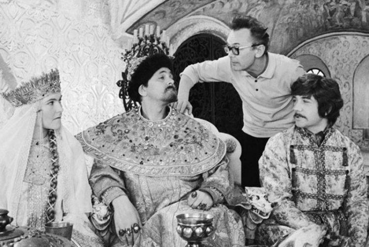 Назад в прошлое: редкие фото любимых советских актеров